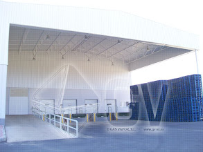 Photo: Gas Vapor S.L. - www.gv-iei.es Instalacion de Areas de Almacen-Zona de Carga y Descarga