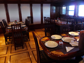 Photo: The dining room three and four course meals between dives !