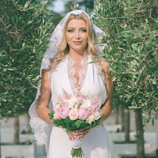 Wedding photographer Irina Dianova-Spiru (liska12). Photo of 26.08.2016