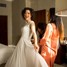Wedding photographer Nadya Vanil (vanil). Photo of 09.11.2017
