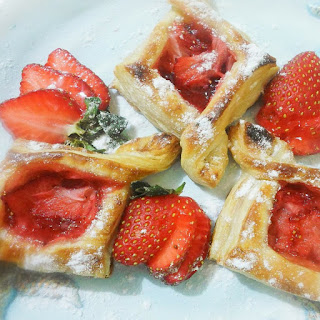 Strawberry Pastry Puffs