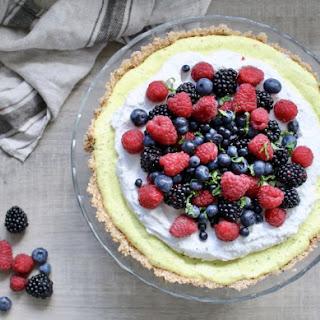 NO bake lemon tart. (VEGAN, refined sugar-free, even gluten-free).