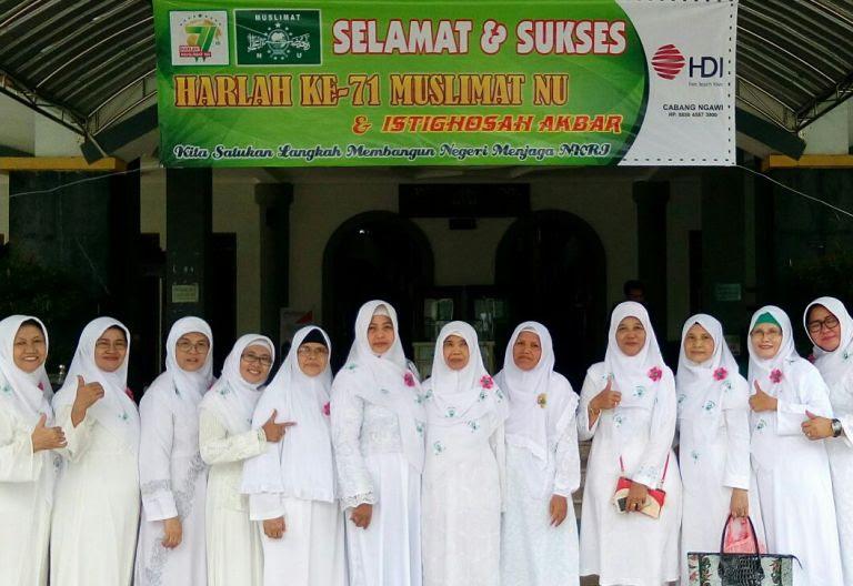 Harlah Muslimat NU ke 71 kabupaten Ngawil