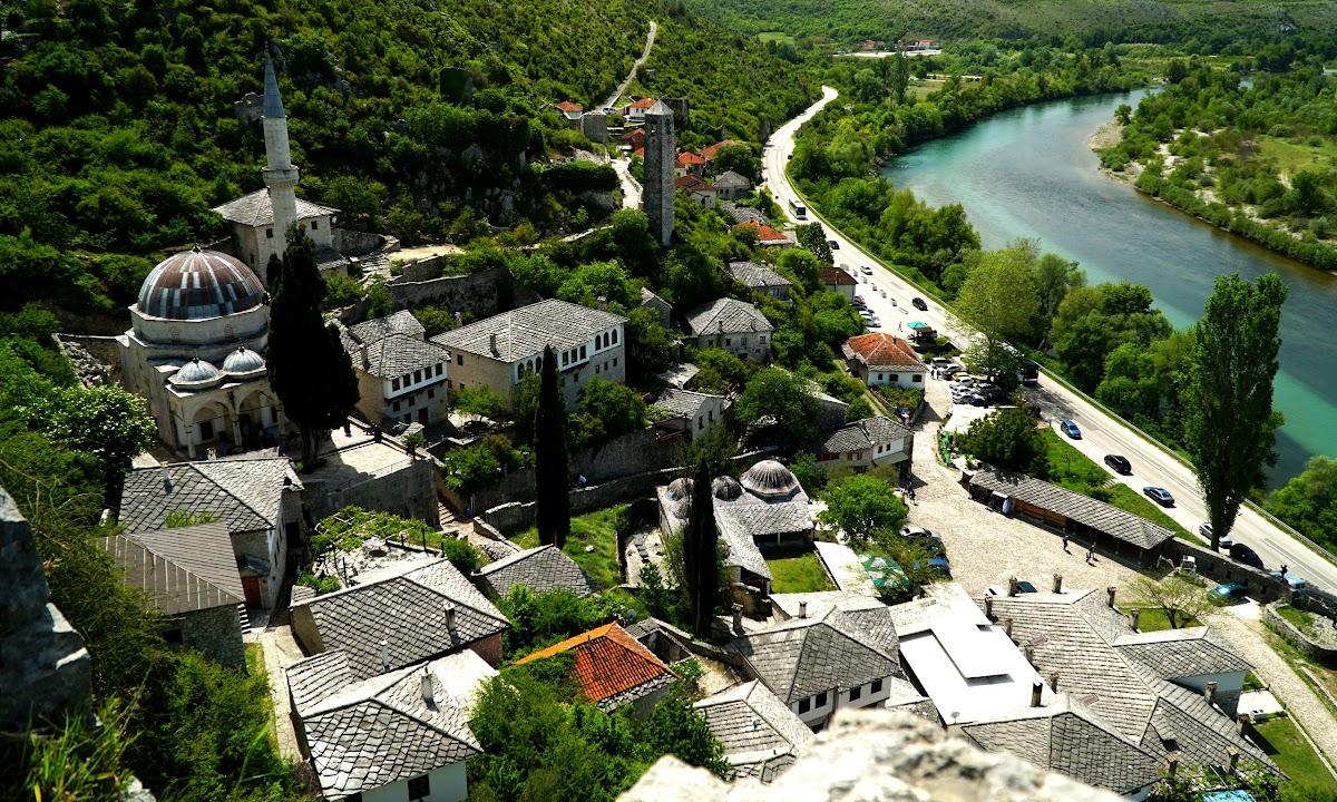 Widok z twierdzy na Počitelj, Bośnia i Hercegowina