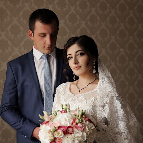 Wedding photographer Azamat Khanaliev (Hanaliev). Photo of 20.01.2018