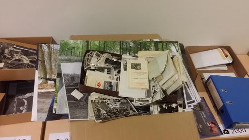 Billederne i arkivet sorteres.