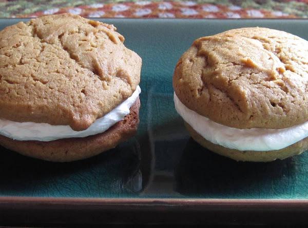 Gingerbread Whoopie Pies Recipe