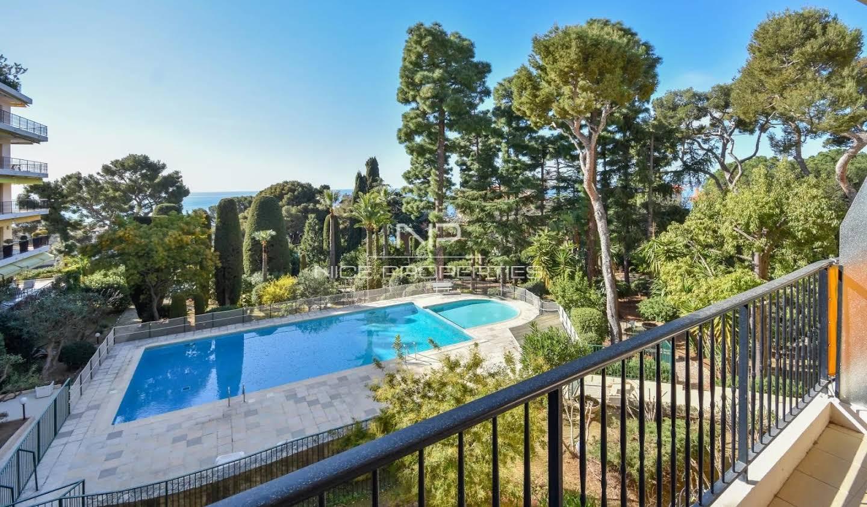 Appartement avec terrasse et piscine Cap-d'Ail