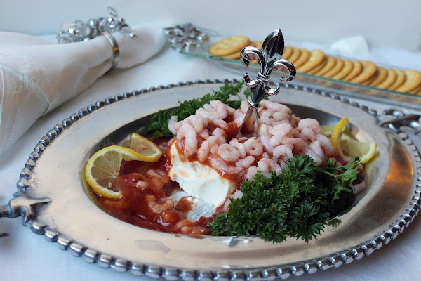Mini Shrimp Cocktail On Ritz Crackers Recipe