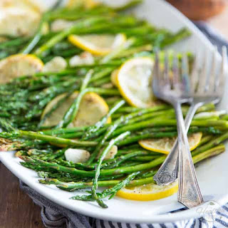 Lemon Garlic Oven Roasted Asparagus.