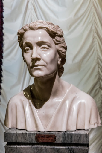 Bust of the actress Eleonora Duse (1858-1924)