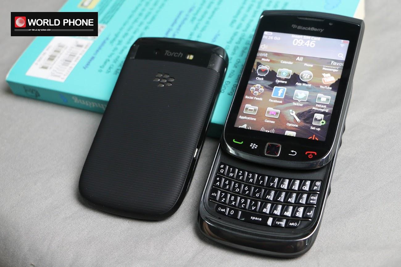 Pin của Blackberry 9800 là pin Li-lon 1300 mAh với khả năng chạy ổn định trong 1 ngày