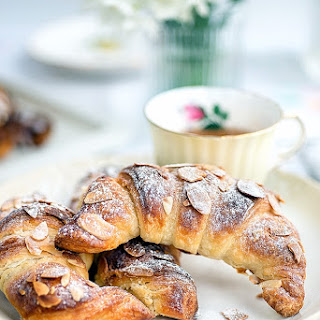 Quick Method Almond Croissants Recipe