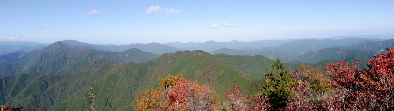 局ヶ岳山頂からバノラマ