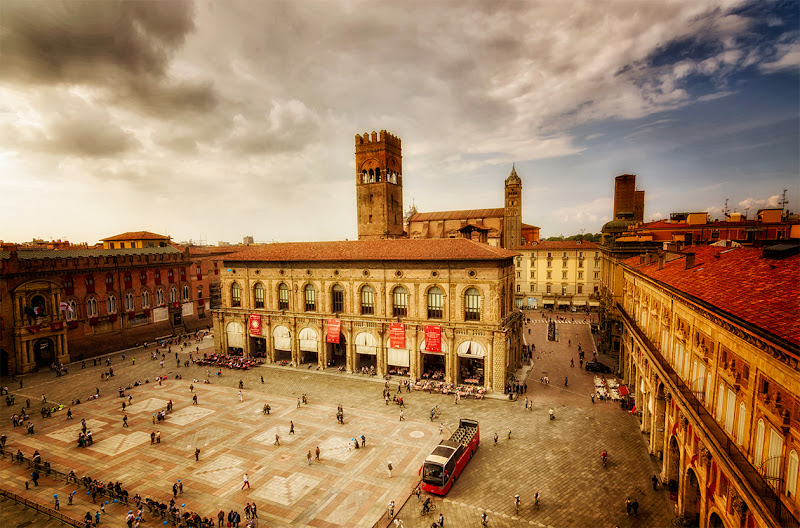 Bologna, piazza Maggiore di CarloBassi