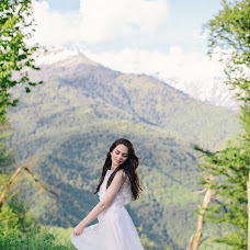 Wedding photographer Alina Nechaeva (nechaeva). Photo of 01.06.2017