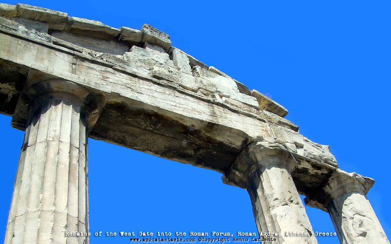 Photo: Restos de Puerta Oeste, Agora Romana, Atenas