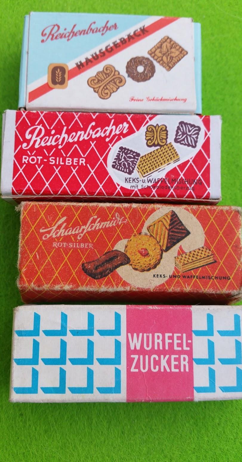 Kaufladen - DDR - Gebäck und Zucker