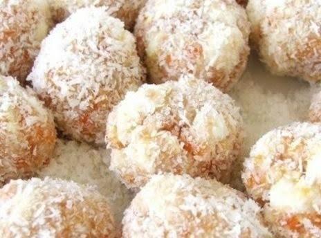 Apricot Date Balls Recipe