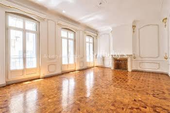Appartement 4 pièces 176 m2