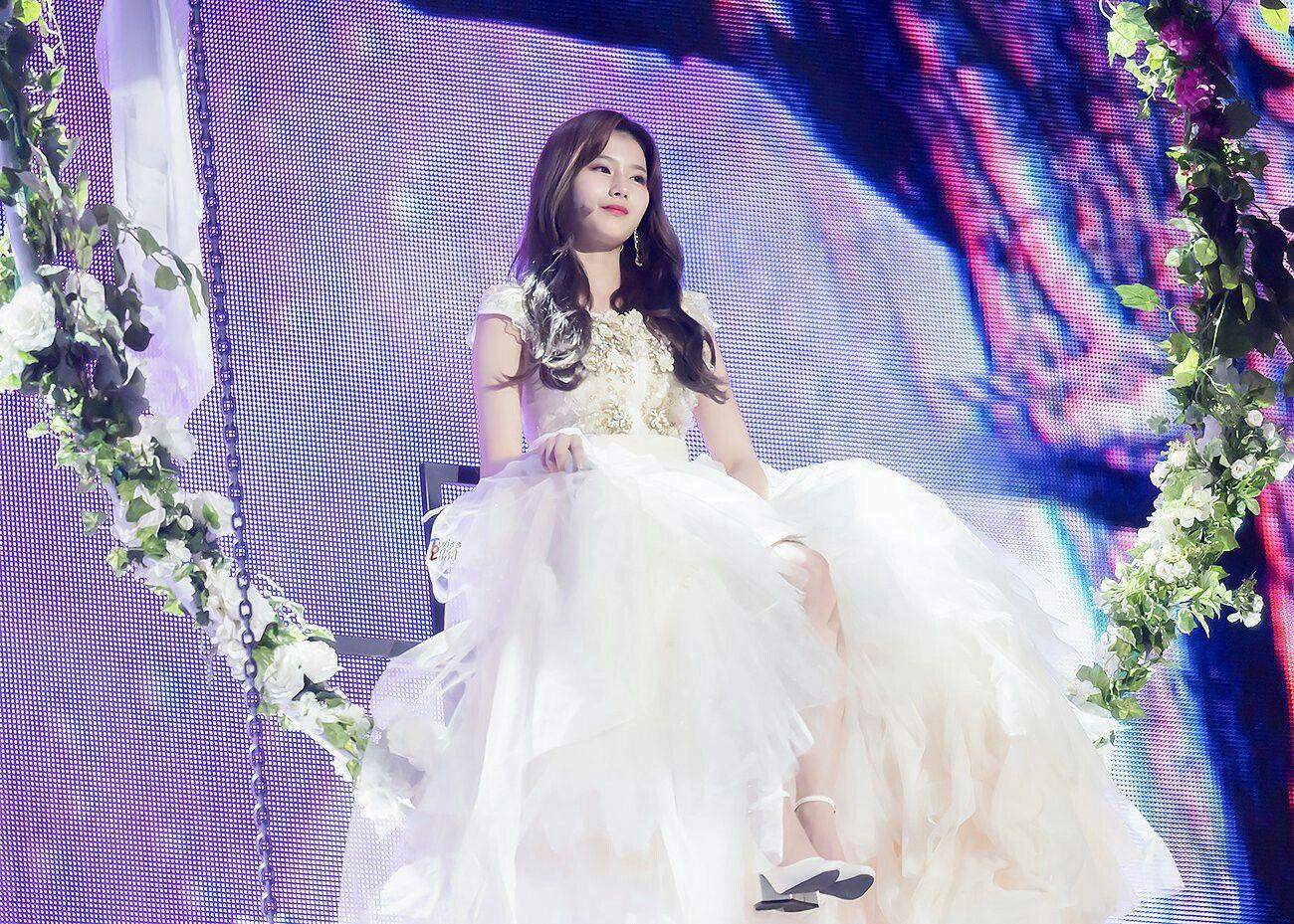 sana dress 23