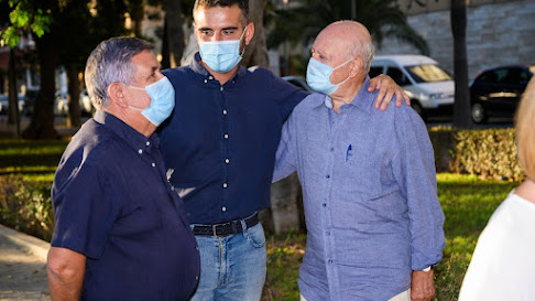 Ramón Fernádez-Pacheco con Antonio Gutiérrez y Carlos Casares.