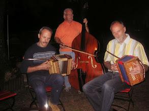 Photo: Wunderbar einfühlsahm gespielte Schwzerörgeli Musik.