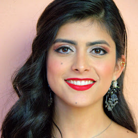 opera singer, mexico by Jim Knoch - People Portraits of Women