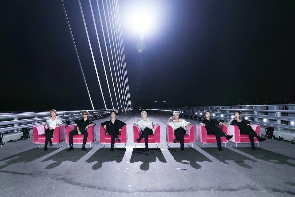 bts on da bridge