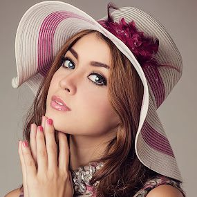 by Rini RY - People Fashion