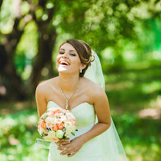 Wedding photographer Tatyana Fedorova (tanyushkagr). Photo of 24.08.2015