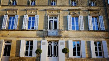 château à Saint-Emilion (33)