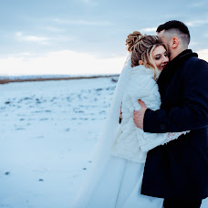Wedding photographer Adrian Craciunescul (craciunescul). Photo of 15.01.2019