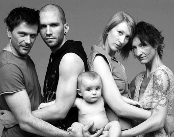 C:\Users\usuario\Desktop\Lo natural es la familia.jpg