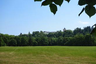 Photo: pohled na zámek a Bílou věž ze zámeckého parku