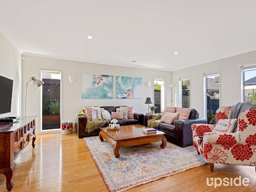 Photo of property at 6 Albert Court, Burnside Heights 3023