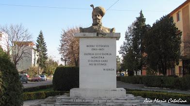 Photo: Piata Mihai Viteazu - Bustul lui Mihai Viteazul - (2013.10.24)