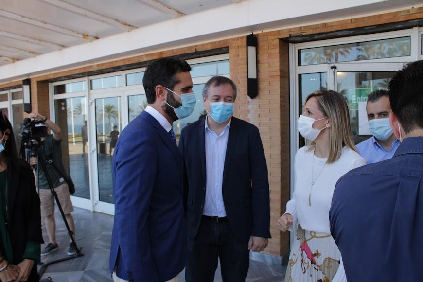 El alcalde de Almería, los delegados de Gobierno y Turismo y el concejal de Níjar.