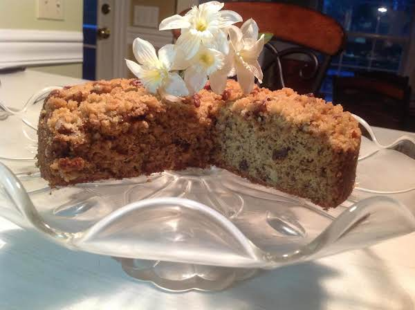 This Moist, Crunchy Coffee Cake Will Surely Be A Hit With Your Breakfast Guests. The Bananas And Pecans Are A Delicious Match That Will Keep Them Coming Back For More. A Nice Treat To Take To Someones House Or A Breakfast Meeting At Work. Enjoy!