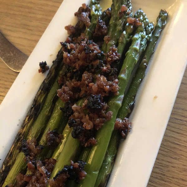 Asparagus with bacon! The smokey flavor is so delicious!