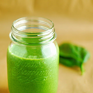 Low Carb Green Smoothie