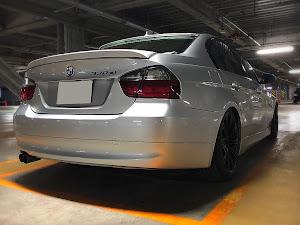 3シリーズ セダン  E90 330Xiのトランクのカスタム事例画像 がんめたさんの2018年11月22日16:33の投稿