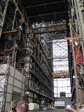 Photo: Entering the VAB -- holy ground for space tweeps.