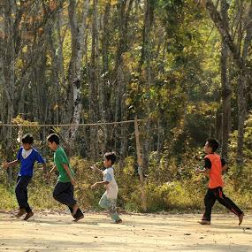 Soccer kids by Azmil Omar - Babies & Children Children Candids ( football, forest, kids, people, soccer )