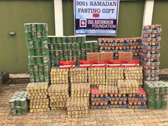 Ramadan 2021: Chief Aderinokun distributes food items to muslims in Ogun Central Senatorial District