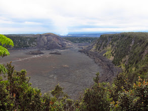 Photo: The subsidary crater of Mauna Iki (the steaming, active crater of Kīlauea in the background).