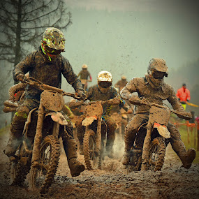 Muddy Guys Arriving by Marco Bertamé - Sports & Fitness Motorsports ( slow down, mud, rainy, motocross, clumps, motorcycle, race, competition, crowded,  )