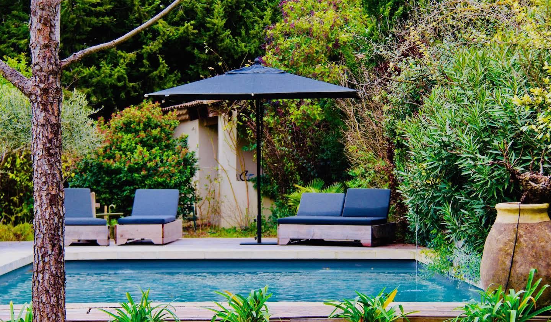 Villa avec piscine et jardin Eyragues
