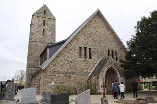 photo de Eglise Saint-Pierre de LA CHAPELLE-ENJUGER