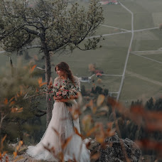 Wedding photographer Artem Artemov (artemovwedding). Photo of 02.03.2018